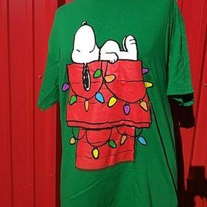 Tops - Snoopy Green L Christmas Shirt Unisex